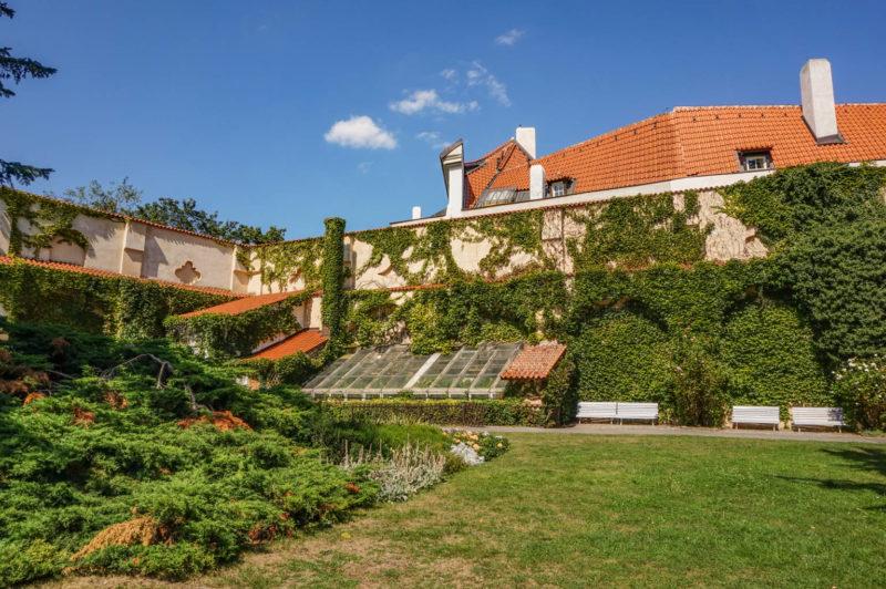 Vojan Gardens