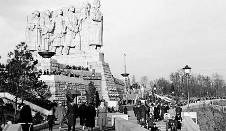 Letna - Stalin monument